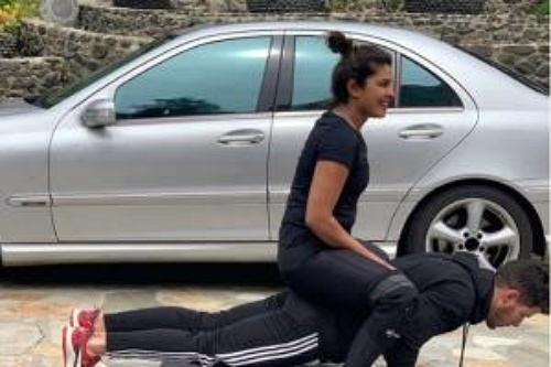 Priyanka Chopra Reveals Her Favourite Exercise Through a Hilarious Instagram Post