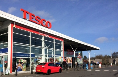 UK supermarket chain Tesco to create 16,000 new permanent jobs