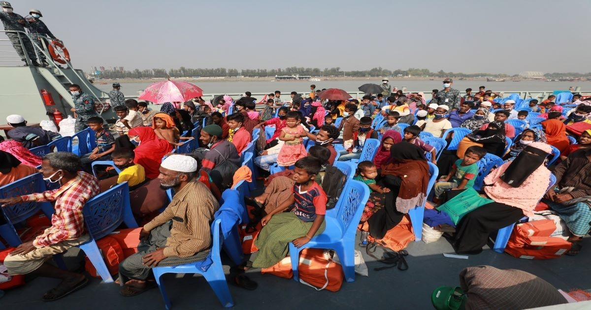 First batch of Rohingyas leaves for Bhasan Char