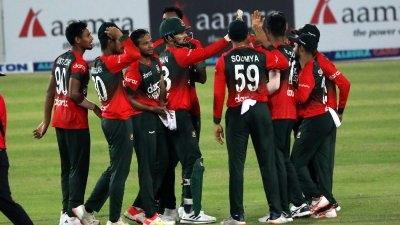 Bangladesh beat Australia in first T20
