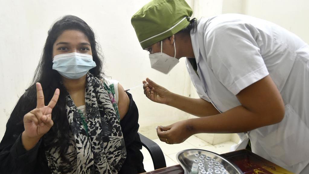 Mass vaccination drive begins in Bangladesh